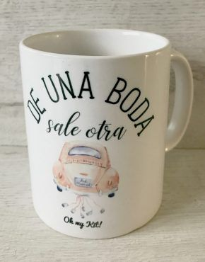 taza de una boda sale otra